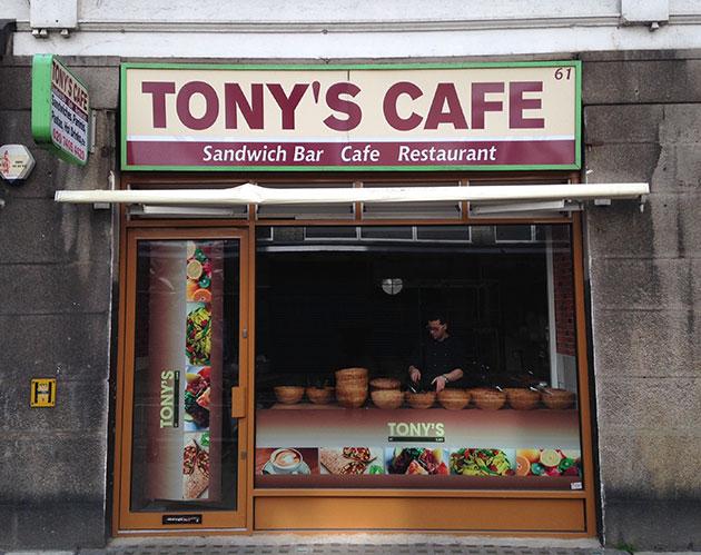 Tony's-Cafe