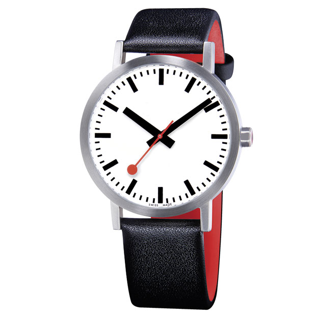 watches-mondaine-classic